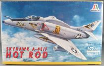Italeri - N°181 Fighter Plane A4 E/F Skyhawk  Hot Rod 1:72 Mint in Sealed Box