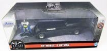 Jada Toys - Batman The Animated Series - Batmobile metal 1:32ème avec figurine Batman