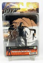 James Bond - Dragon - Tomorow never die  Wai Lin action figure