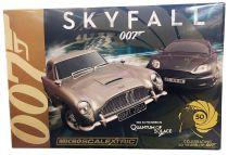 James Bond - Micro Scalextric - Skyfall - Aston Martin DB5 vs DBS (50 Years Limited Edition )