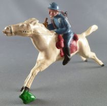 J.F. Le Jouet Fondu - Lead Soldiers 54 mm - Mounted Chasseur with Bugle Adrian Helmet