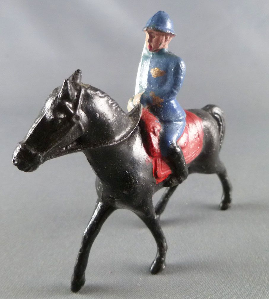 J.F. Le Jouet Fondu - Lead Soldiers 54 mm - Mounted Officer with Sabre Adrian Helmet