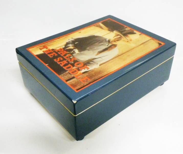 John Wayne (Pals of the Saddles) - Boite à Musique - Republic Western (Hamilton Giftd Ltd)