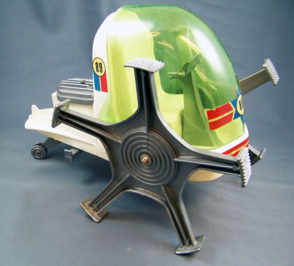 johnny_apollo___marx_toys___space_crawler_avec_mark_apollo__1968__08
