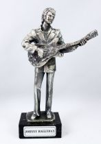 "Johnny Hallyday - Statue en métal injecté 16cm \""Johnny à la guitare\"" - Daviland France 1978"