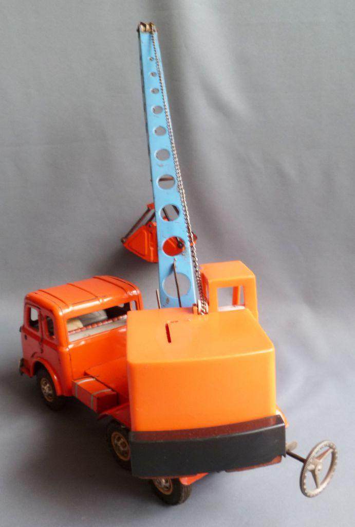 Joustra Réf 491 - Berliet Gak Camion Grue Preneuse Tole Mécanique 52cm
