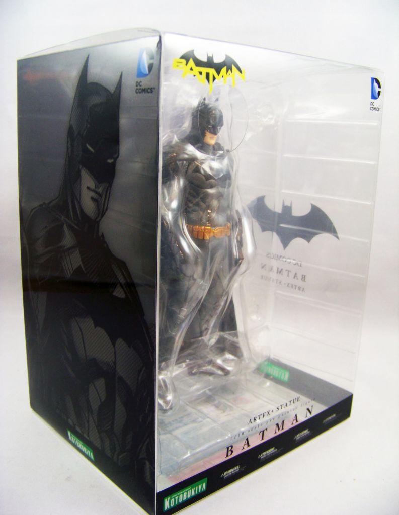 Justice League The New 52 Batman ArtFX Statue - Kotobukiya 02