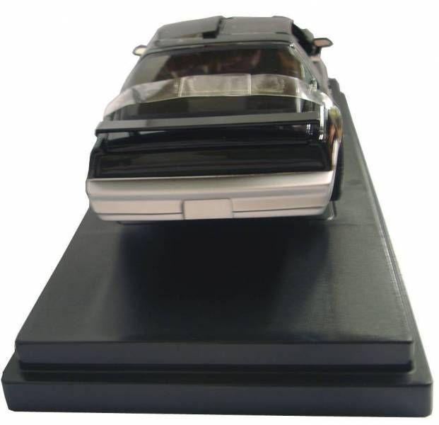 K2000 K.A.R.R. 1/18° ERTL Mint in box