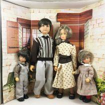 La Famille Bella (Bella Family) Mint in Box