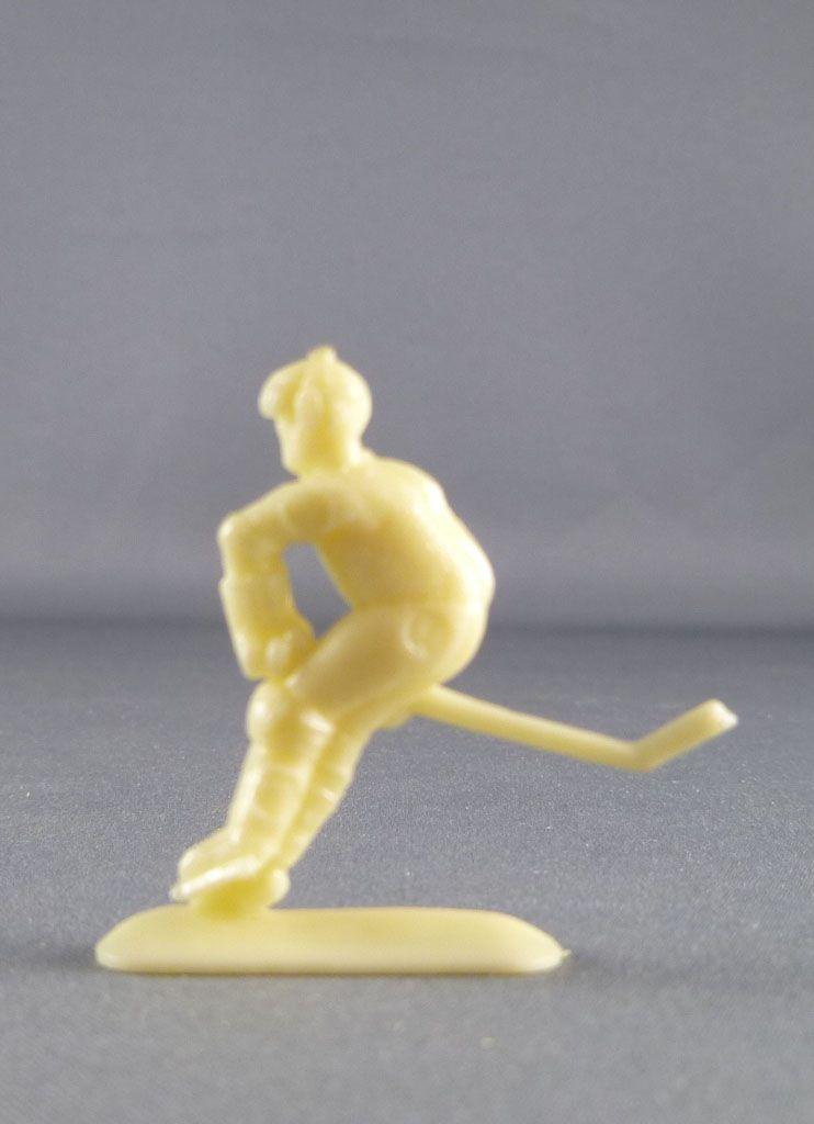 figurine_publicitaire_le_baby_l_aiglon___serie_sports___hockey_sur_glace_2