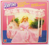 Le Lit à Baldaquin de Barbie - Mattel 1982 (ref.5641)