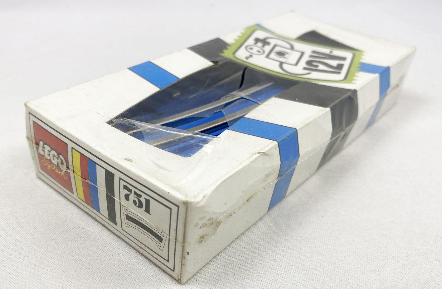 LEGO  Ref.751 - 8 rails 12V de Conduite Incurvés