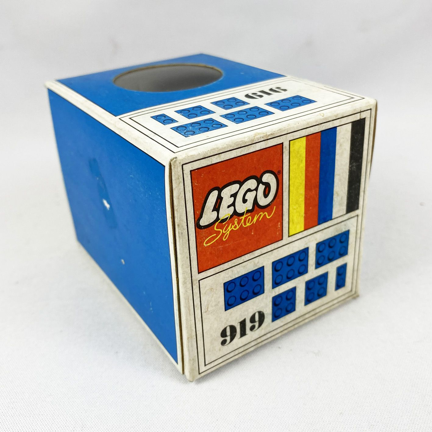 Lego Ref.919 - Bricks with 2, 4 and 6 Studs (Blue)