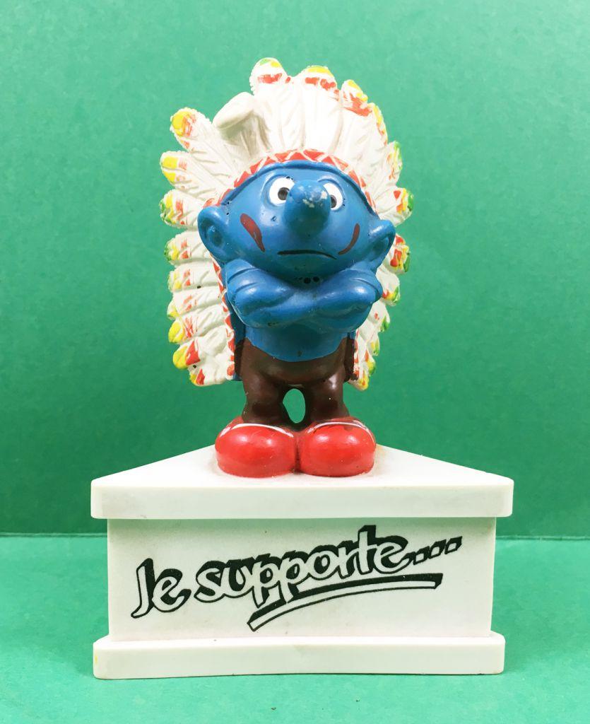 Les Schtroumpfs - Schleich - Schtroumpf chef indien \'\'Je supporte... La Réplique\'\' (socle blanc)