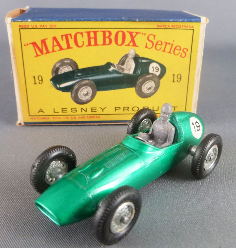 Lesney Matchbox N° 19 Aston Martin F1 Racer Green