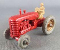 Lesney Matchbox N° 4 Massey Harris Farm Tractor Red