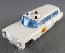 Lesney Matchbox N° 54 S&S Cadillac Ambulance