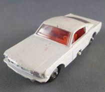 Lesney Matchbox N° 8 Ford Mustang White