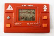 Liwaco (Morioka Tokei Inc.) - Handheld LCD Game - Lion Tamer (occasion)