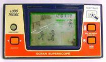 Ludotronic - Handheld Game - Football