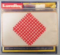 Lundby of Sweden Réf 2500 - Cuisine Continental Table Blanche Rectangulaire Tissus Rouge Blanc Neuf Blister