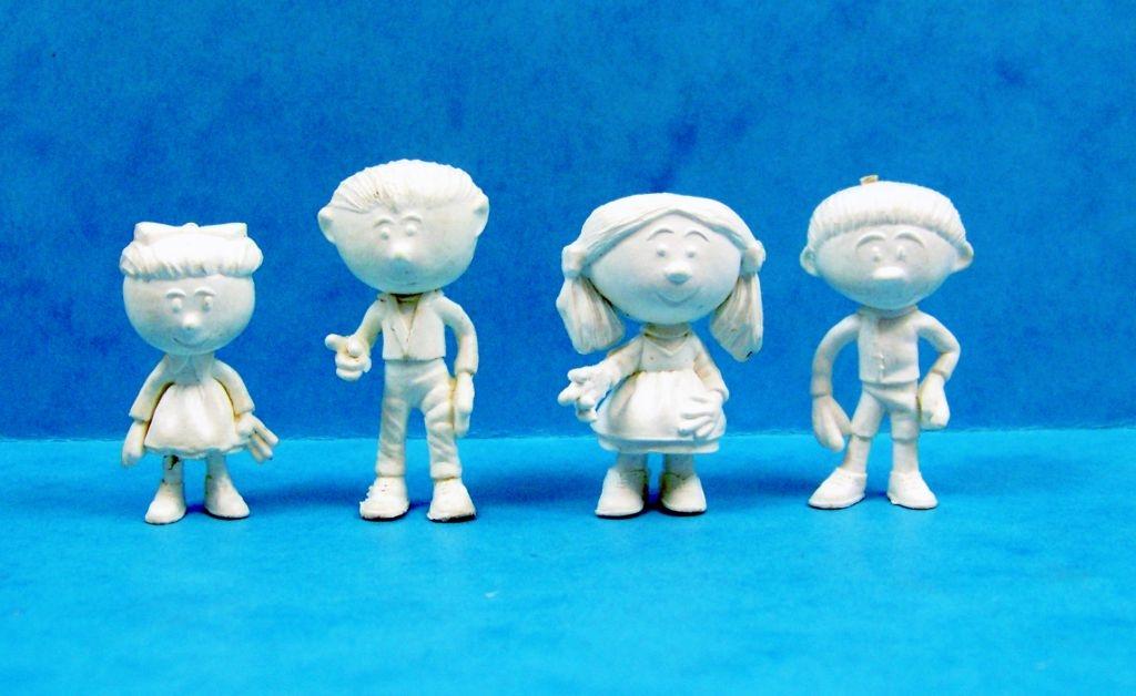 le_manege_enchante___glaces_ola__gelado____serie_de_16_figurines_monochromes_04