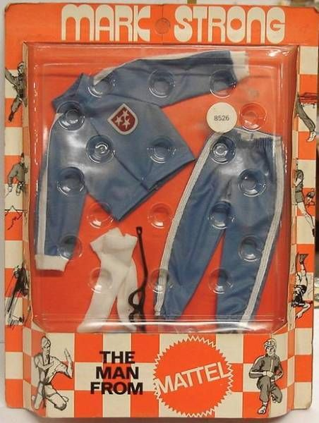 Mark Strong - Automobile Racing outfit (ref.8526)
