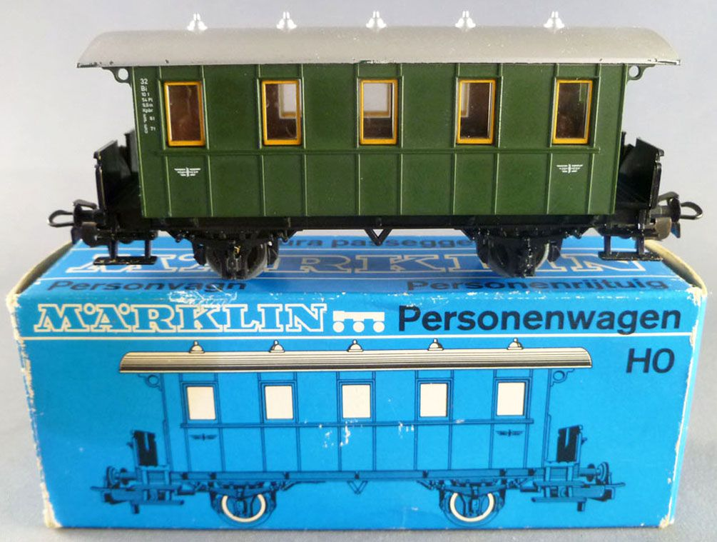 Märklin 4007 Ho Dr Kpbr Passengers Car 2 axles 32 Bi Green Livery en boite  with box