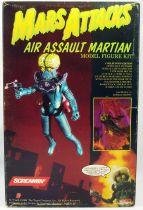 Mars Attacks - Topps Screamin\' Model Kit - Air Assault Martian