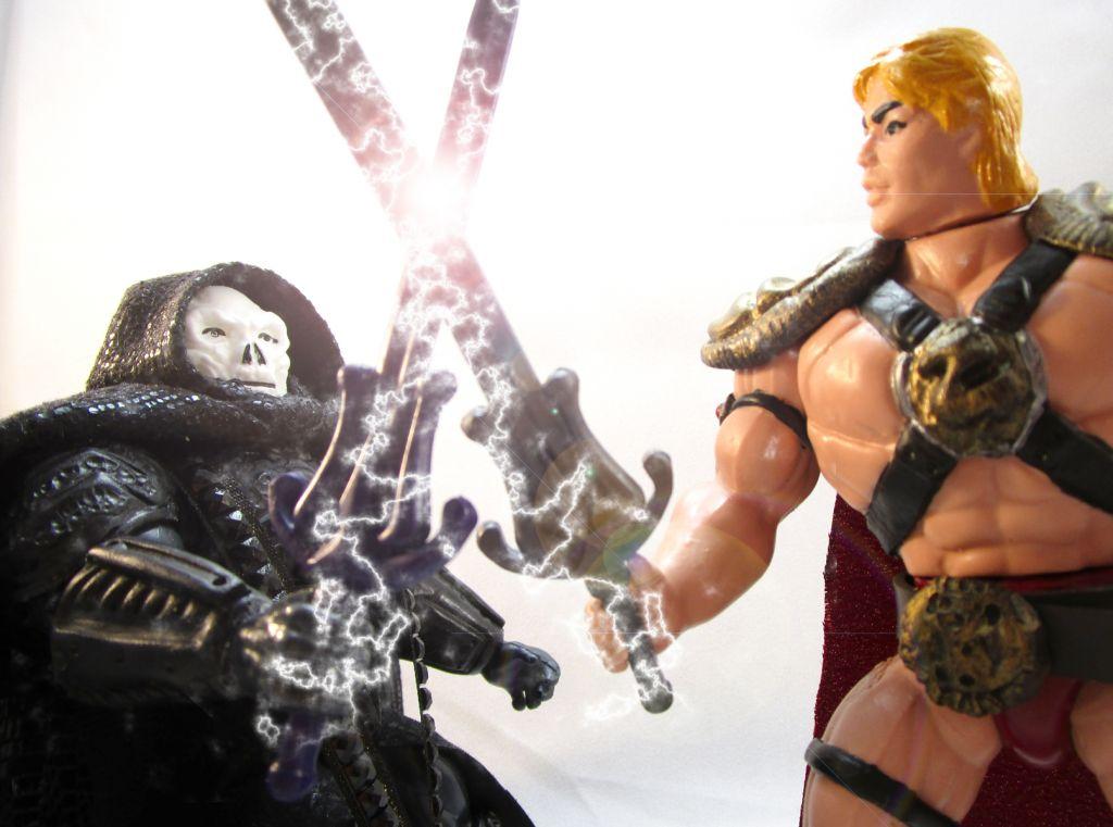 masters_of_the_universemovie_he_man___skeletor_barbarossa_art__30_