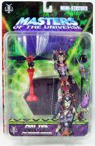 Masters of the Universe 200X - Mini-Statue Evil-Lyn & Screeech