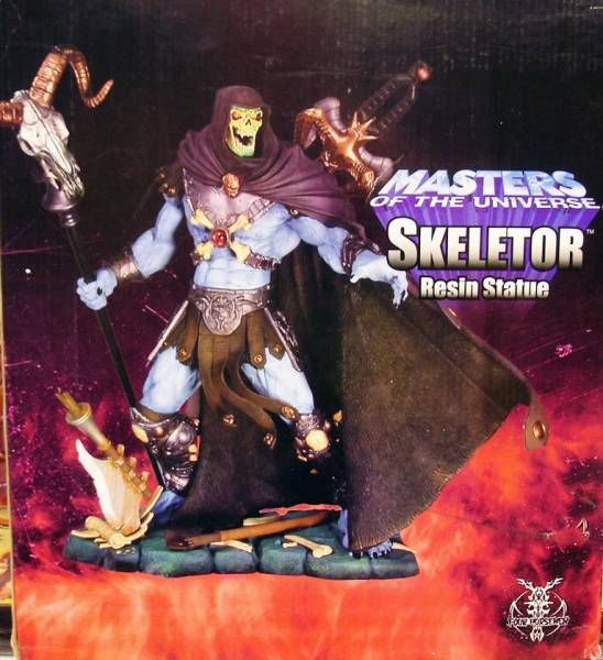Masters of the Universe 200X - Skeletor 14\'\' Statue