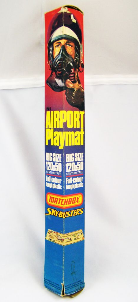 matchbox_1976_airport_playmat__120x50cm____matchbox_sky_busters_01