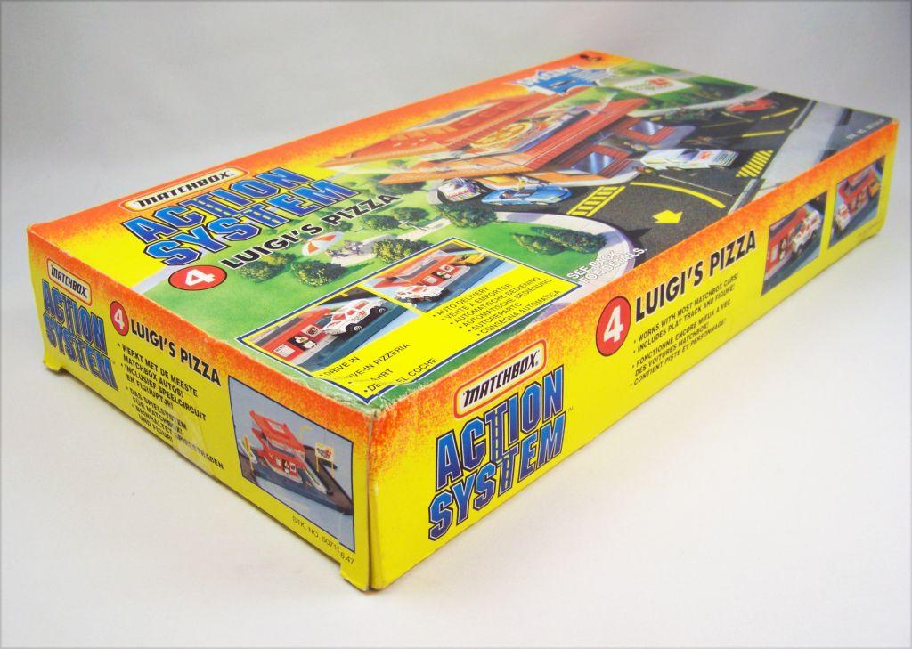 Matchbox Action System 1996 - #4 Luigi\'s Pizza 04