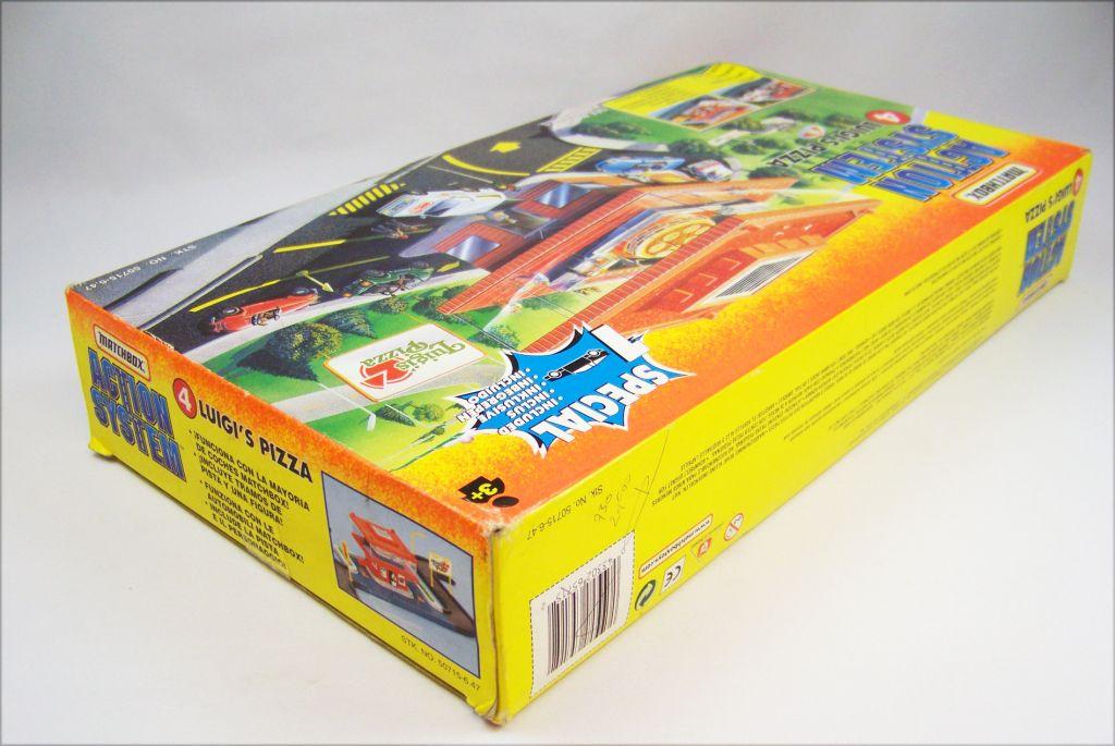 Matchbox Action System 1996 - #4 Luigi\'s Pizza 05