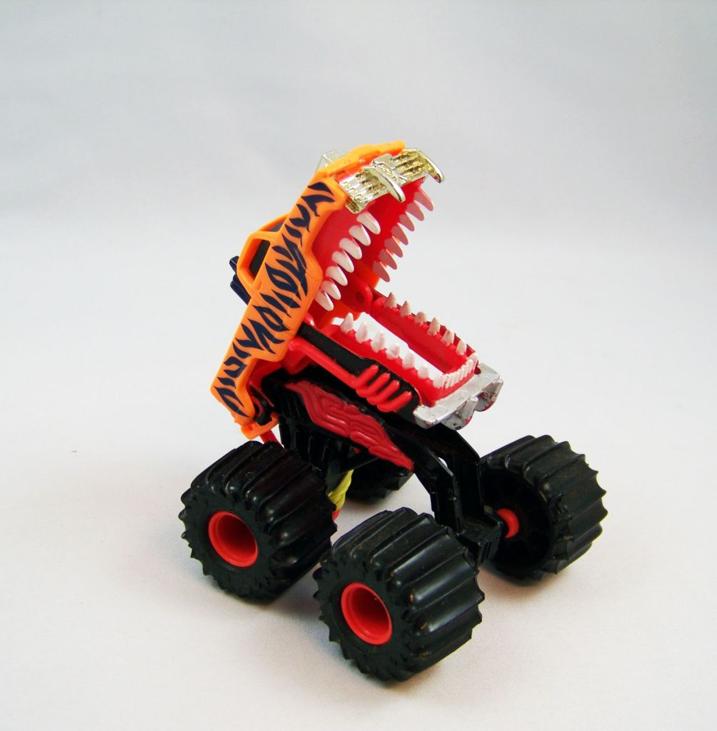mattel_hot_wheels_attack_pack__1992____slashcat__ref_0692__02
