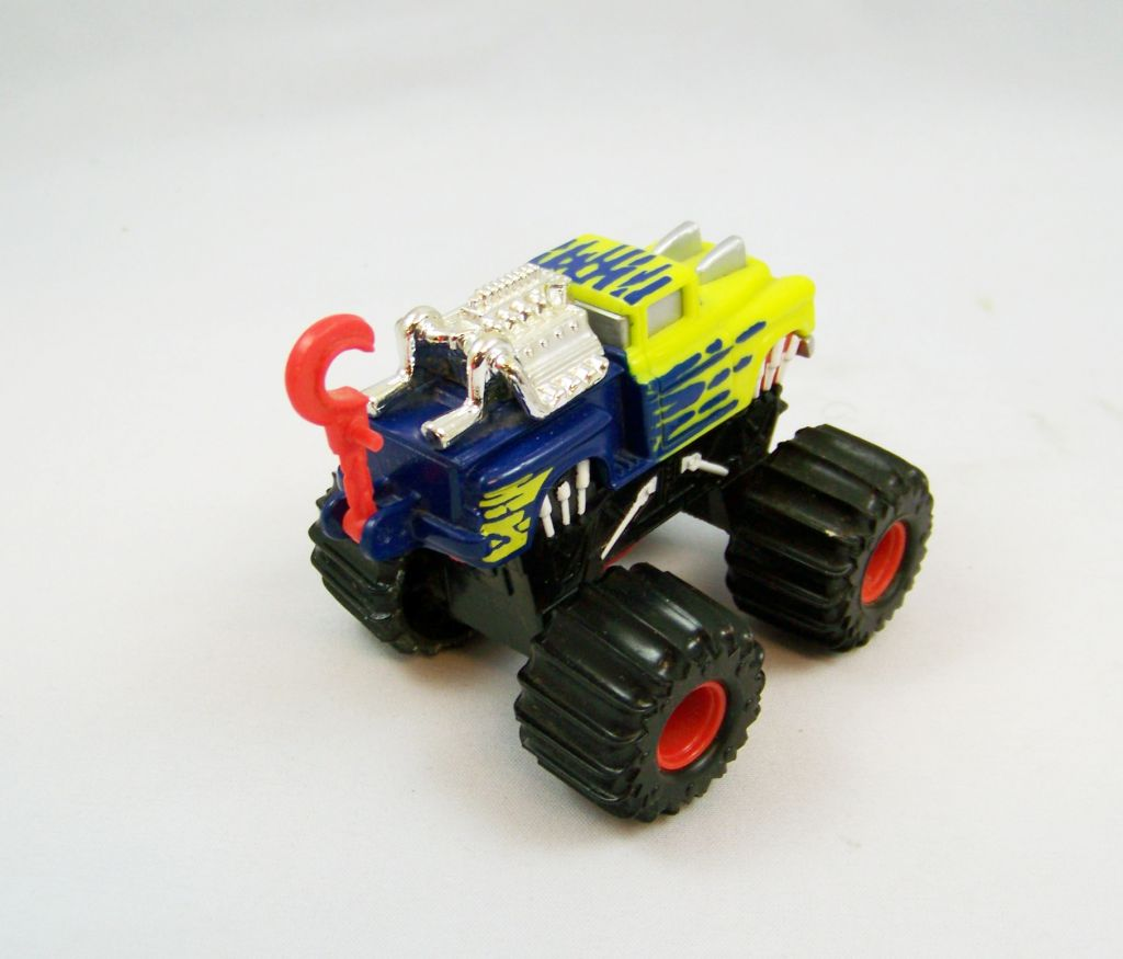 mattel_hot_wheels_attack_pack__1992____slaughtersjaws__ref_0693__03