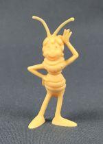 Maya the Bee - Zemo\'s Bubble Gum - Cassandra raised hand