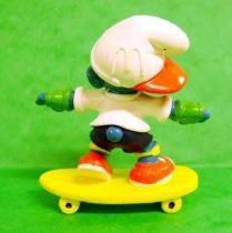 McDonald 1998 Skateboarder Smurf
