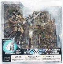 McFarlane - Alien vs Predator série 2 - Predator avec base