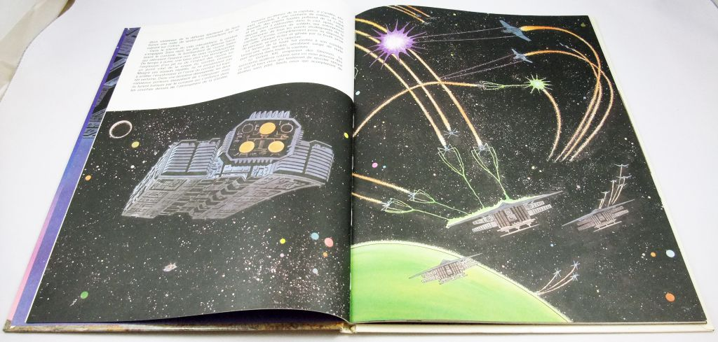 """Message from Space - Illustrated story book \""""Crusade of the Titans\"""" - Editions G.P. 1979"""