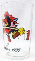 Mickey & his Friends - Amora Mustard glass - 1935 Mickey\' Fire Brigade