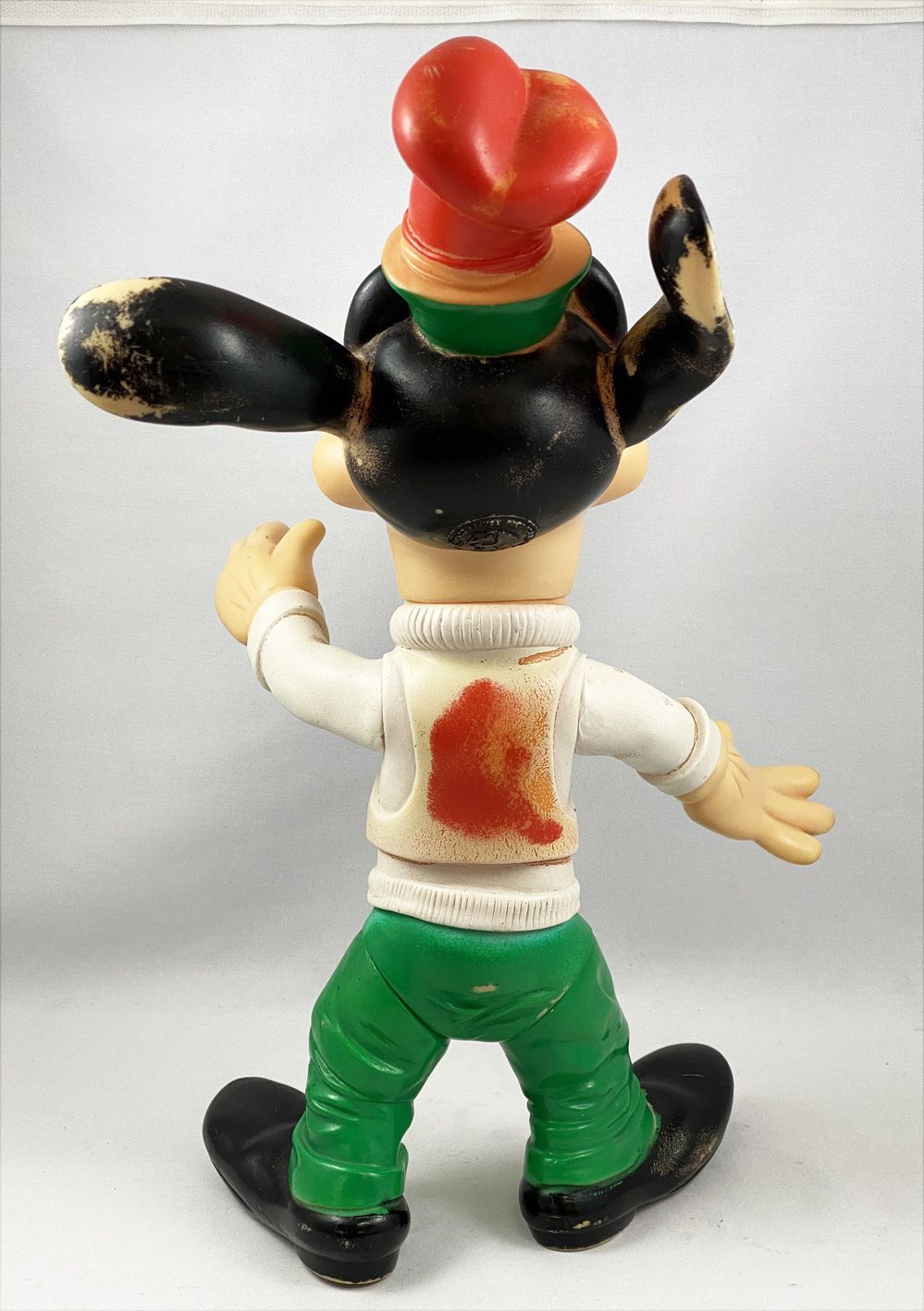Mickey and friends - 16inch Squeeze Ledra - Goofy