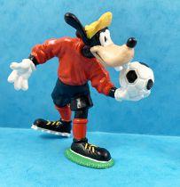 Mickey and friends - Bullyland 1998 Winnig Team PVC Figure - Goofy Soccer #2