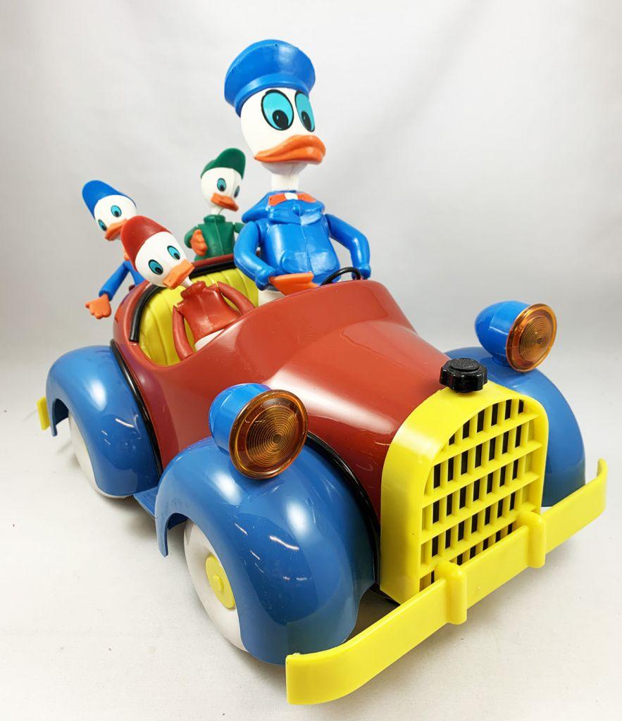 Mickey and friends - Nacoral Plastic Vehicle - Donald Duck family car (El Auto de la familia Donald)