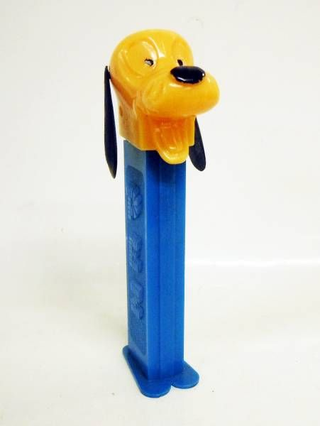 Mickey and friends - PEZ dispenser whistle - Pluto (patent number 3.942.683) dark blue