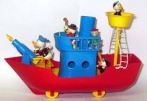 Mickey and friends - Polistil Plastic Vehicle - Donald and the Whaler