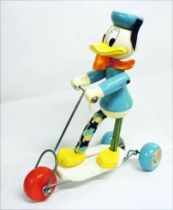 Mickey and friends - Pull-up Toy - Donald Duck on his Kick Scooter (Vilac)