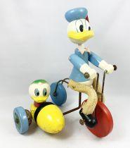Mickey et ses amis - Jouet à trainer  en bois - Donald et Fifi en Side-Car (Vilac)