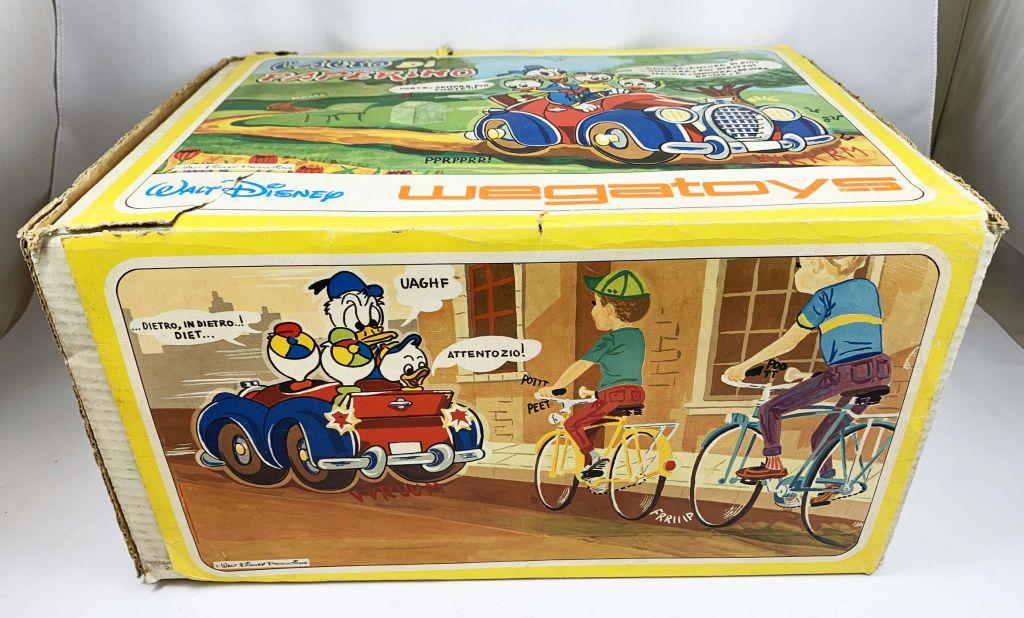 Mickey et ses amis - Véhicule à Piles Wegatoys - La Voiture de Donald (L\'Auto di Paperino)